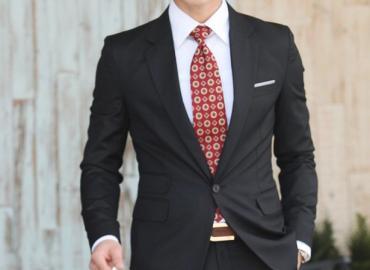 Áo vest nam màu đen cuốn hút, sang trọng
